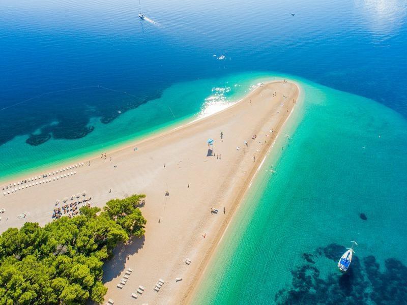 желании пляж золотой рог в хорватии фото опирались характер