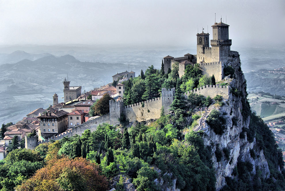 Сан-Марино одно из самых маленьких государств в миреи самое старое государство Европы