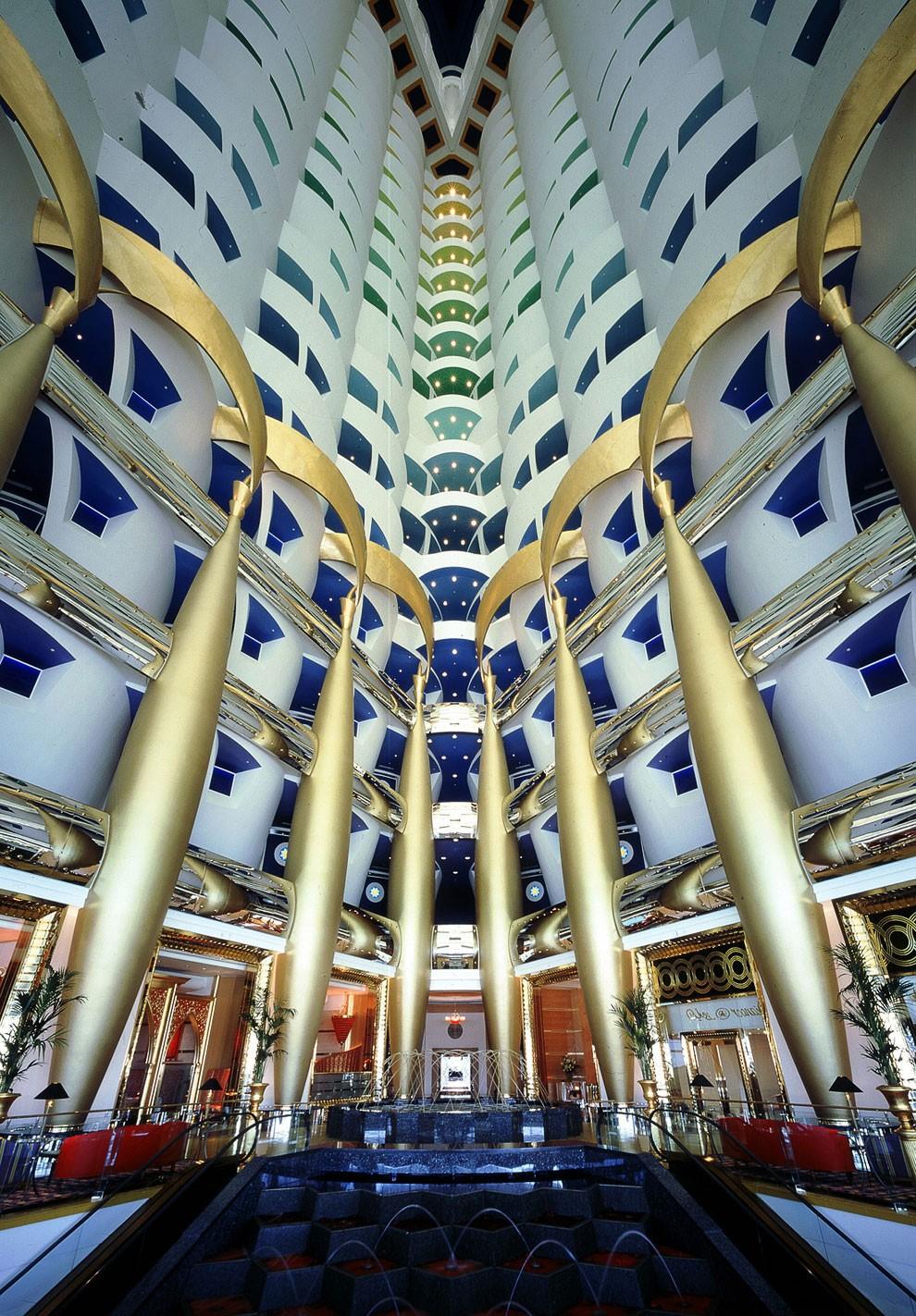 Самые примечательные отели-небоскребы мира по версии Форбс