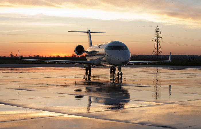 private jet charter 700x450