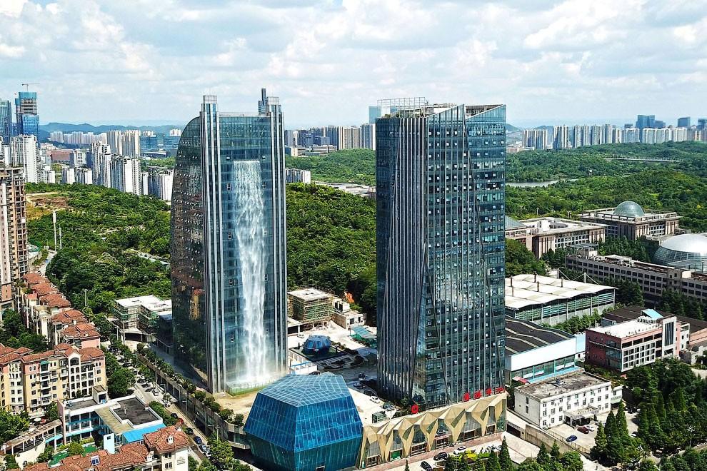 Горная многонациональная провинция Гуйчжоу на юго-западе Китая