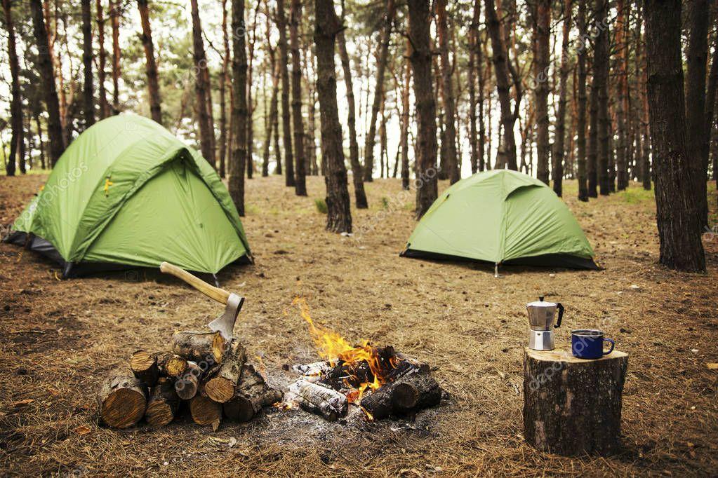 Как приготовить горячие питание в походе?
